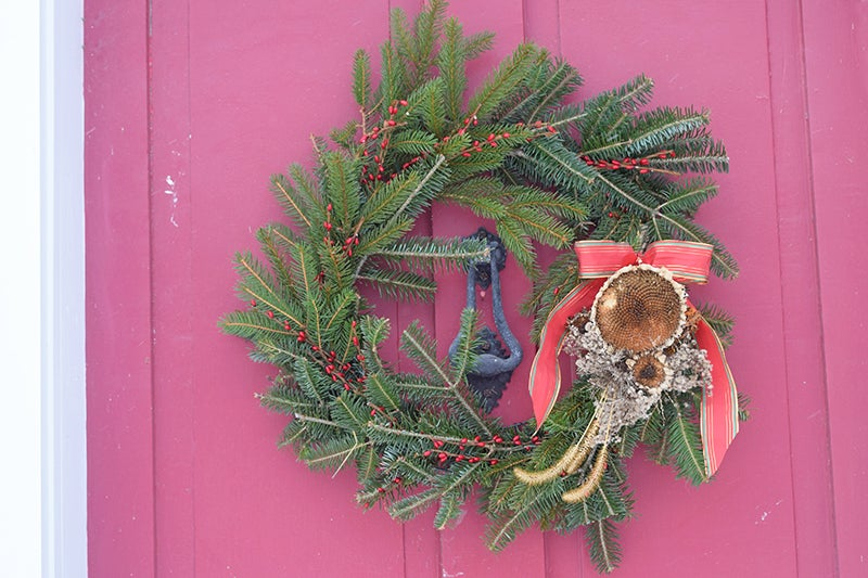 Easy Holiday Wreath DIY - Finished